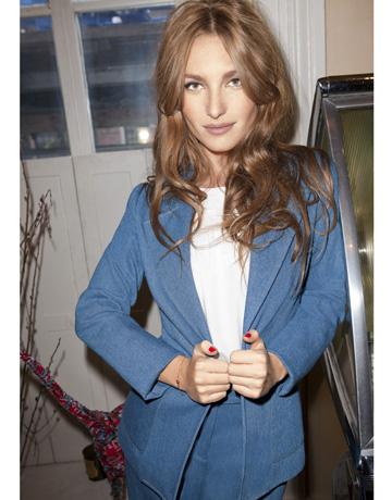 http://fashionfolio.files.wordpress.com/2011/02/hbz-josephine-de-la-baume-0211-5-de-26130567.jpg?w=360&h=460